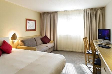 East Midlands Novotel room