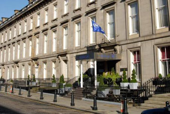 Book a room at the Hilton Edinburgh airport