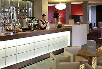 hotels at newcastle airport cheap