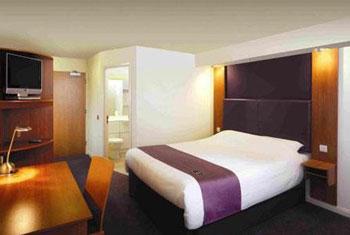 Premier Inn Birmingham room