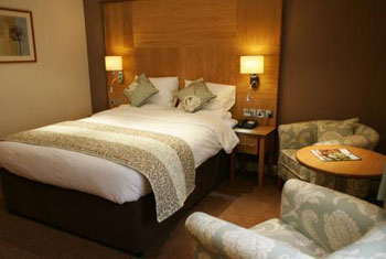 Premier Yew Lodge East Midlands airport