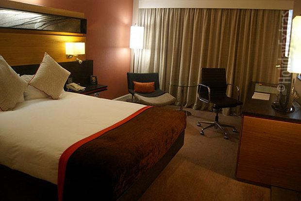 A_luxurious room at the Gatwick Hilton