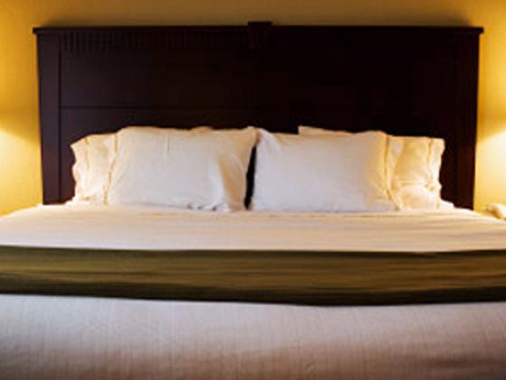 Undercover hotel Gatwick