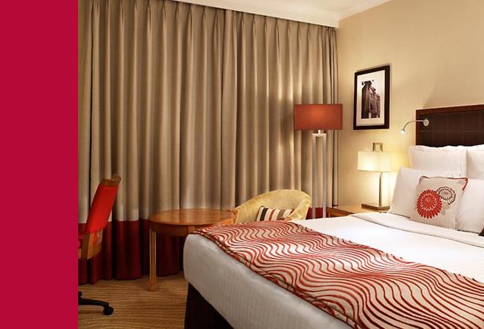 79124-EDI-Marriot-pic-room.png